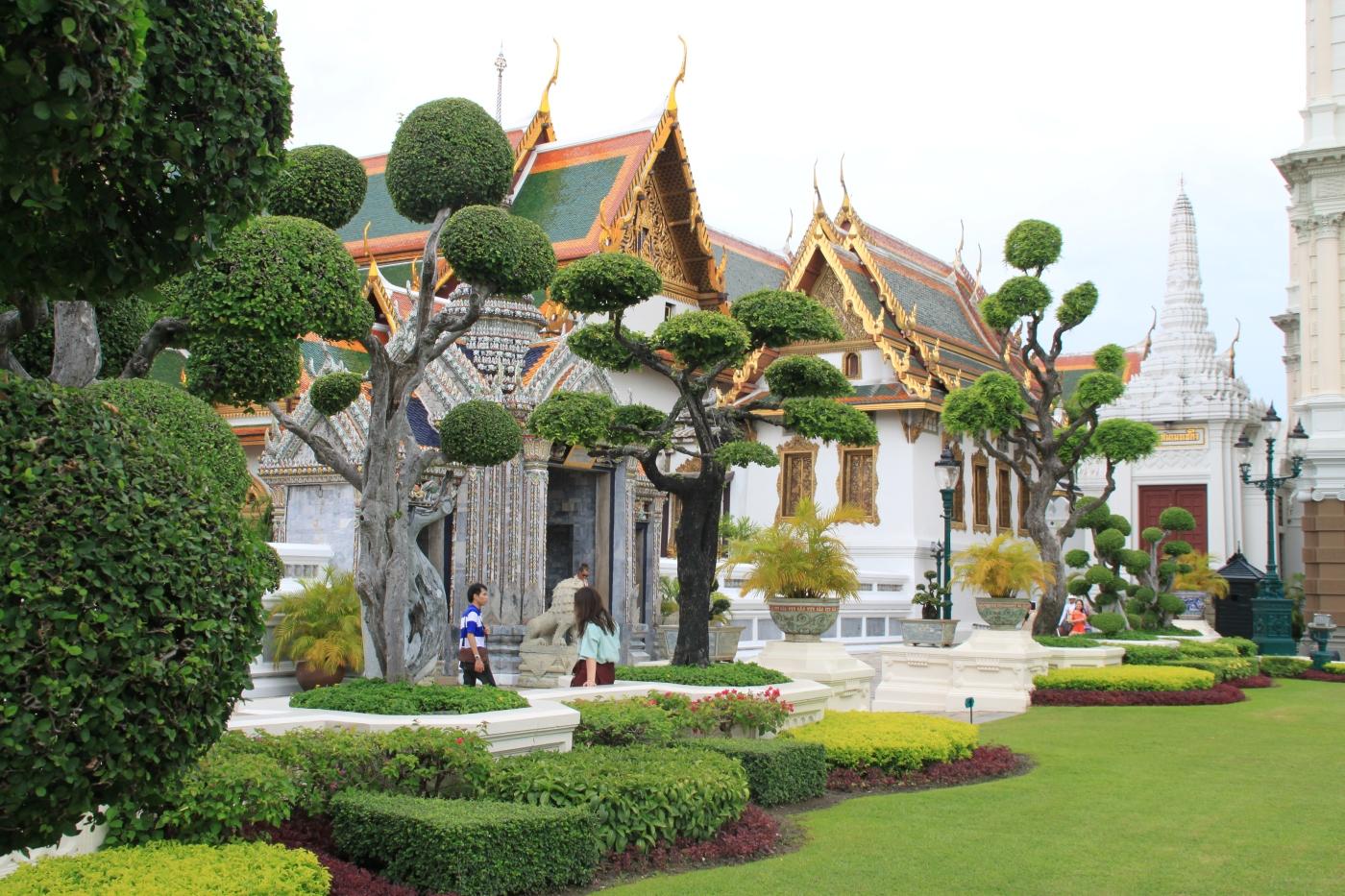 Hola a todos, En el 2014 decidimos que de luna de miel nos íbamosa Tailandia, ya que yo (Caro) lo tenía entre ceja y ceja desde hacía algunos años....-entonces nos fuimos !!!